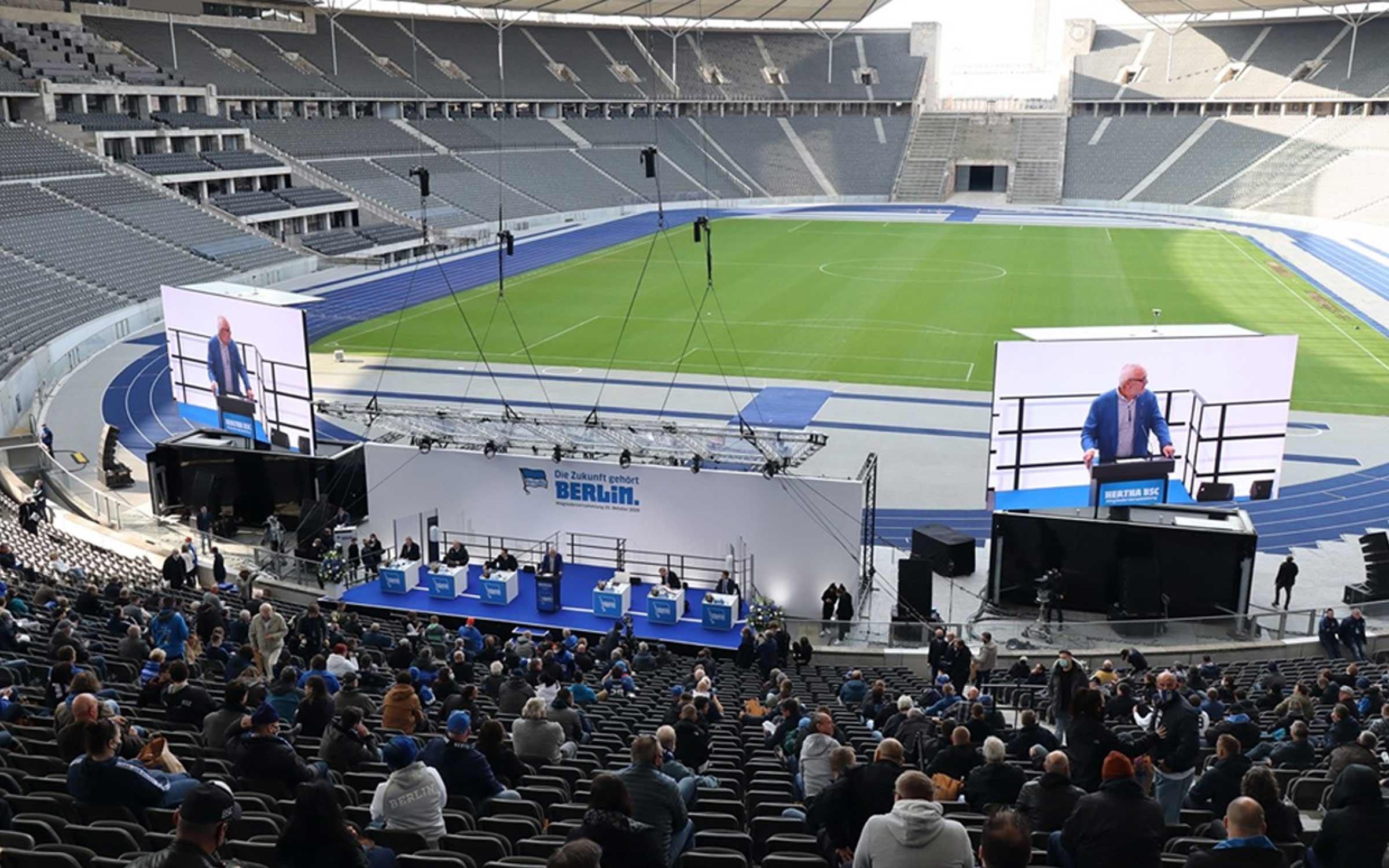 Hertha BSC Mitgliederversammlung mit Präsidiumswahl